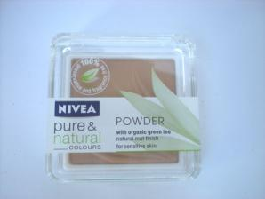 Pudra pentru ten sensibil Nivea Pure & Natural Colors Powder - Caramel