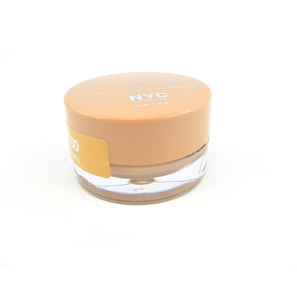 Fond de ten cremos New York Color Smooth Skin Mousse Foundation - Ivory