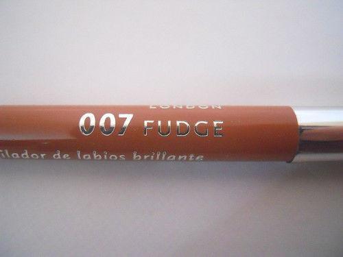 Creion de buze Rimmel Vinil Jelly Gloss - Fudge
