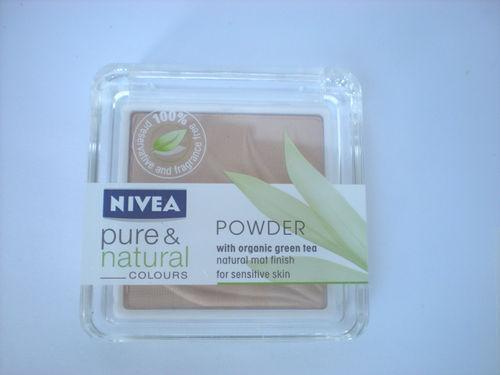 Pudra pentru ten sensibil Nivea Pure&Natural Colors - Sand