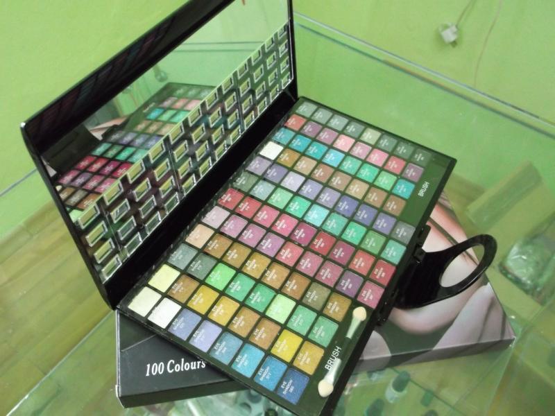 Trusa farduri Saffron 100 Colours Cream Eyeshadows