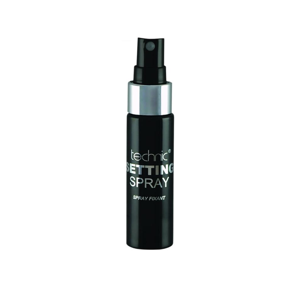 Spray care fixeaza machiajul Technic Setting Spray